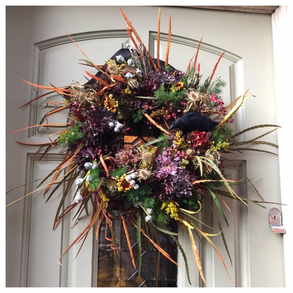 Who says a door wreath is just for Christmas!?!.. This spooky 'wreath dresses this door beautifully, ready to welcome guests for Halloween festivities 🌿...#halloween #doorwreath #party #flower #instaflorist #spookyscaryskeletons #burnham #buckinghamshire #windsor #taplow #maidenhead #victoriajaneflowers