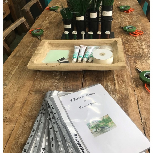 Ready and waiting for our next class.. Today we are learning some floristry techniques using wires and glues… PM us for more information on our upcoming classes... #floristryschool #workshop #class #school #florist #taster #shop #victoriajaneflowers