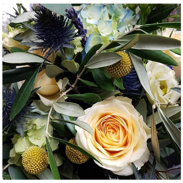A sneaky peek at the gorgeous flowers being used on this weekends wedding 💒 ..#buttercup #roses #creams #lemon #yellow #blue #purple #lavender #olive #love #marriage #wedding #latesummer #earlyautumn #thistle #hydrangea #victoriajaneflowers