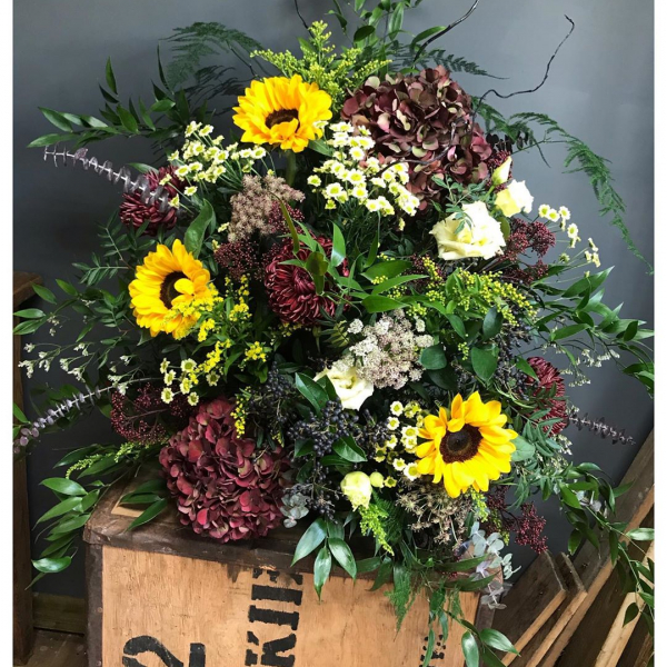 Autumnal pedestal arrangement.. brief was yellow and red, with some black! A tricky combination to work with but we think it looks yummy! @burnhamgrammarschool ...#pedestal #arrangement #flowerarrangement #fresh #autumn #flowers #red #yellow #black #hydrangeas #willow #sunflowers #school #localbuisness #lovemyjob #funday #thursyay #autumnvibes #victoriajaneflowers