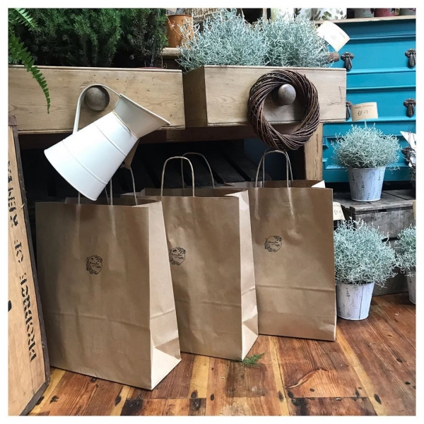 DIY wreath making kits.. get festive with one of our kits, filled with all you need to make your own Christmas door wreath!.. just add foliage 🎄 £10.00...#wreath #itsbeginningtolookalotlikechristmas #christmas #christmasdecor #christmaswreath #diy #hohoho #victoriajaneflowers