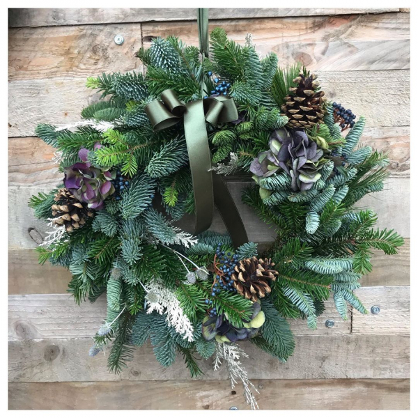 Wreath making 😁 hello gorgeous front doors, goodbye nails and soft hands!.. Scrumptious, bespoke door wreaths available....#christmas #christmaswreath #wreath #foliage #lush #green #pine #sparkle #florist #supportlocal #supportlocalbusiness #victoriajaneflowers #tistheseason #christmascountdown 🎄