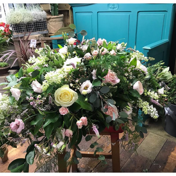 Delicate soft pink, cream and white casket spray, tricky to photograph but an absolute delight to make. 🌸..#finalgoodbye #casket #casketspray #pretty #delicate #pink #white #green #flowers #florist #instaflower #funeral #funeralservice #funeralflowers #victoriajaneflowers