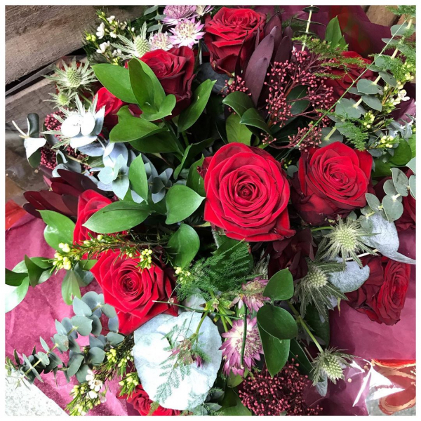 Did someone mention Valentine's Day? 🌹 It's not all about red roses but boy they are beautiful! ❤️ Now taking orders.#14thfeb .#valentine #valentinesday #bemyvalentine #love #valentinesdayflowers #rose #redrose #romance #instaflower #instaflorist #victoriajaneflowers #shoplocal #collections #deliveries #whosaysromanceisdead
