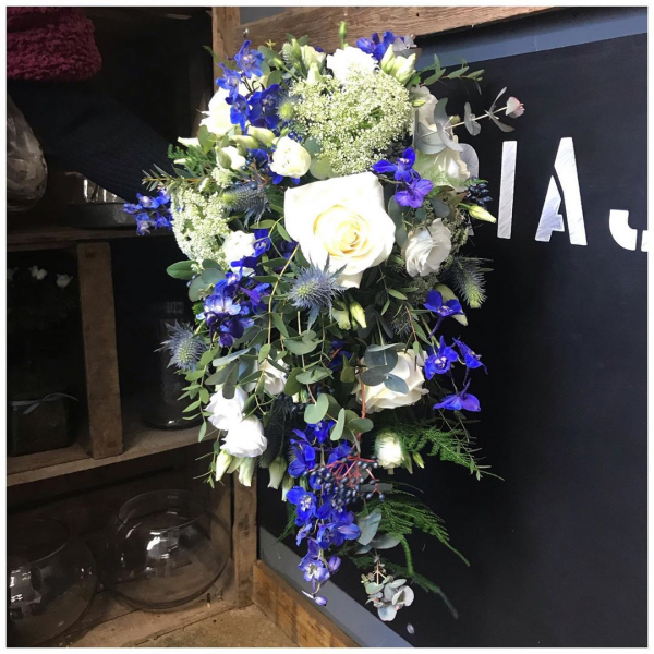 Cascading white, cream and blue wedding bouquet from last weekends wedding 👰 .#weddingseason #weddingflowers #wedding #marrage #ido #love #nowandforever #blue #chealsea #white #cream #trailingbouquet #showerbouquet #specialday #victoriajaneflowers #burnham #windsor #maidenhead #shoplocal #independent #florist